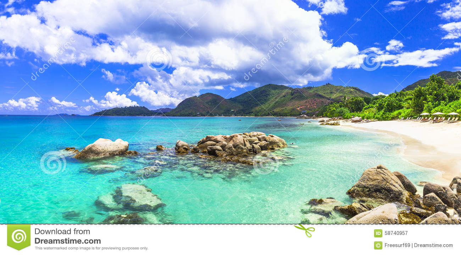 Härligt tropiskt landskap