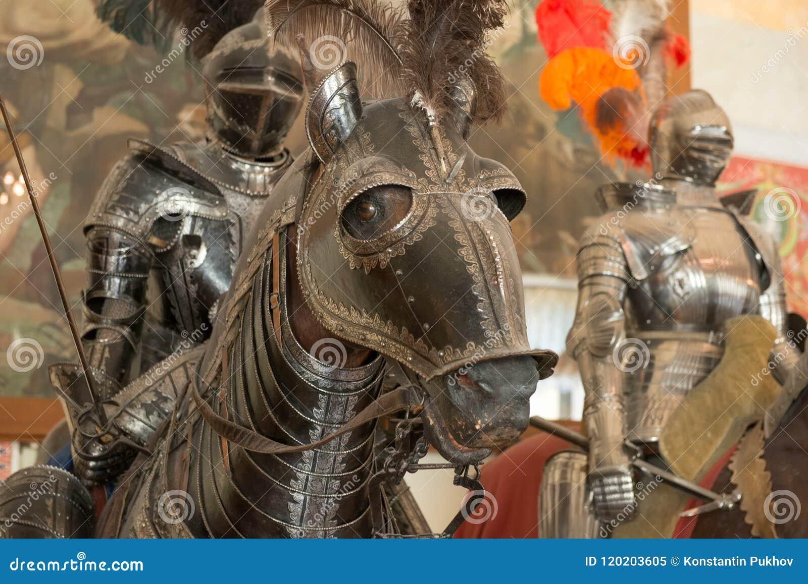 Häst i harnesk