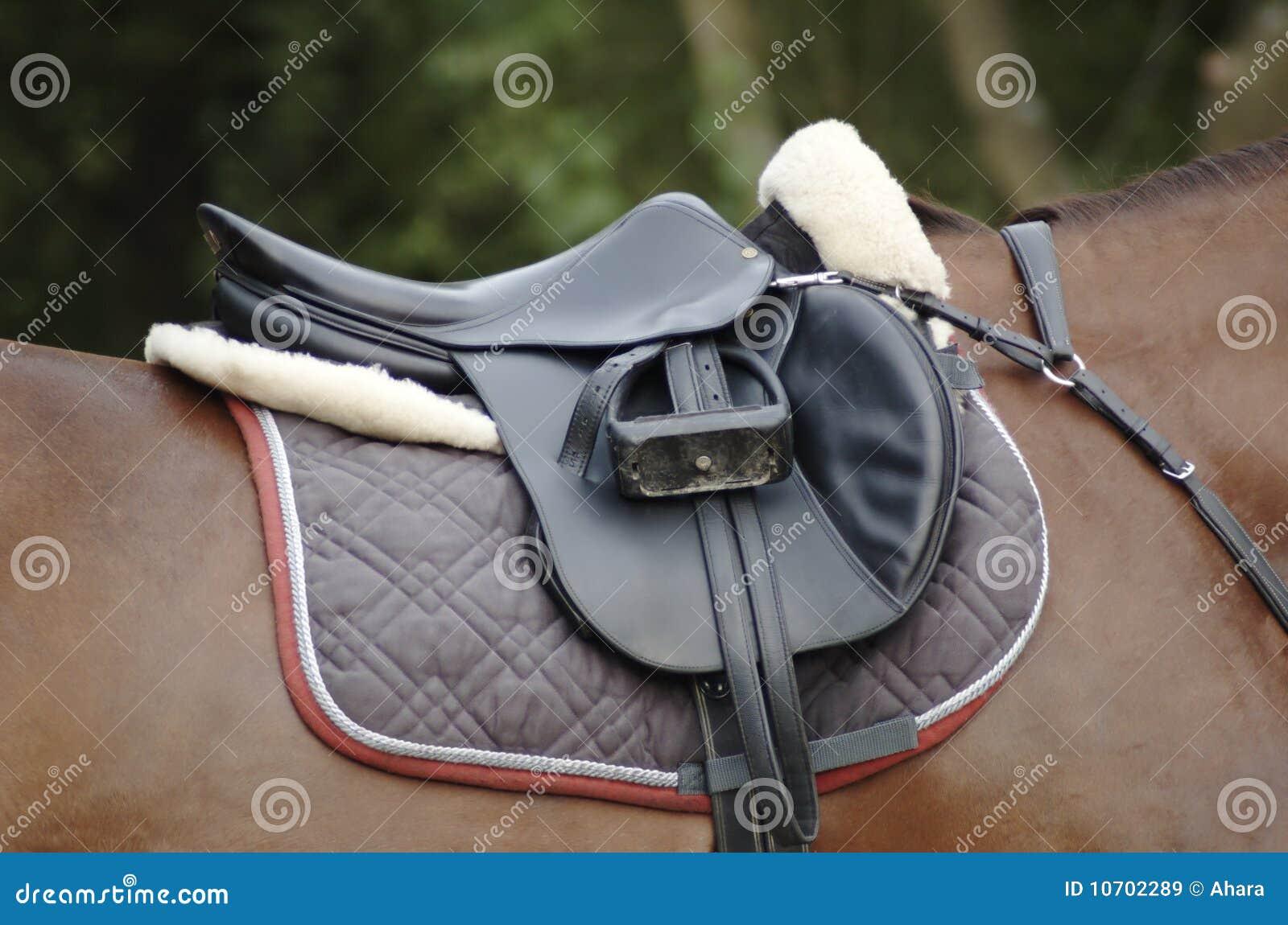 Hästsadel