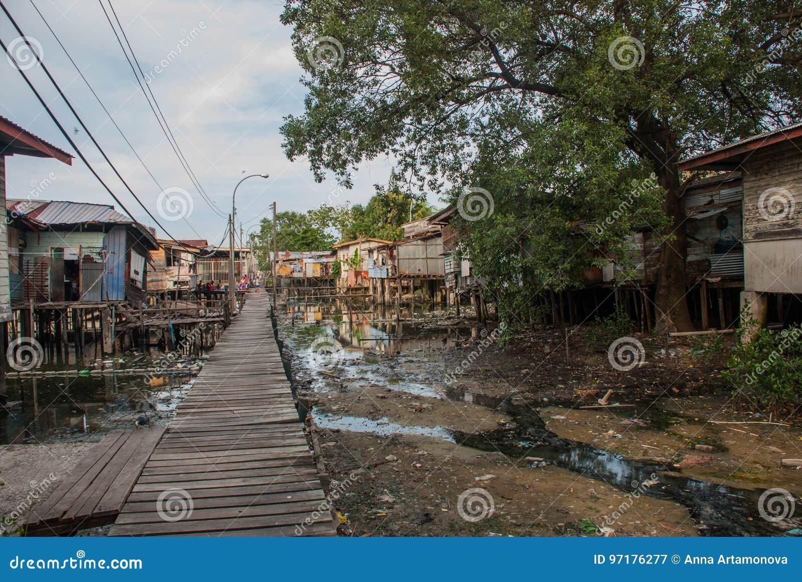 Häuser Auf Stelzen Kota Kinabalu Sabah Malaysia Stockbild Bild
