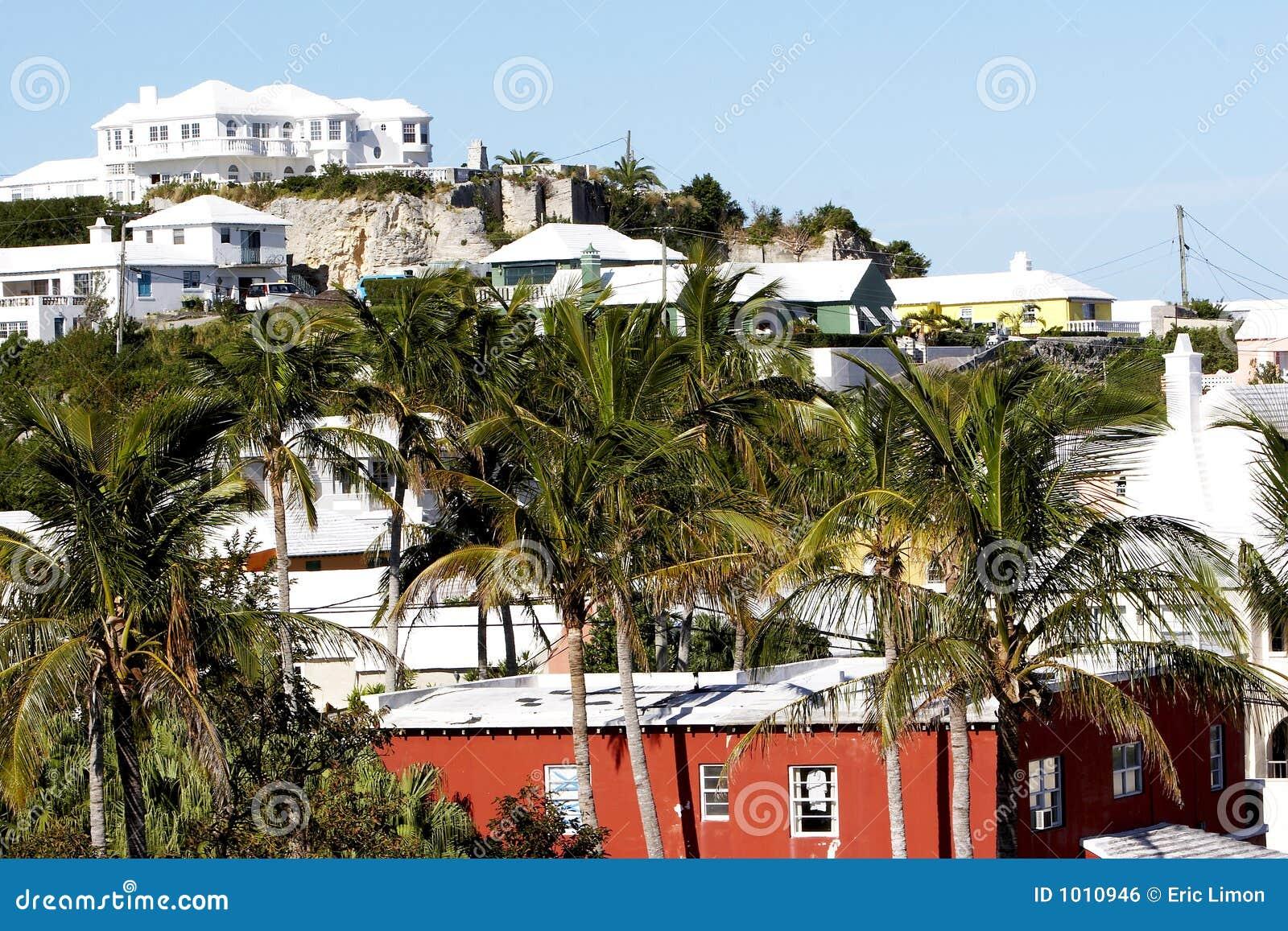 Häuser in Bermuda stockfoto. Bild von grün, hitze, kühl - 1010946
