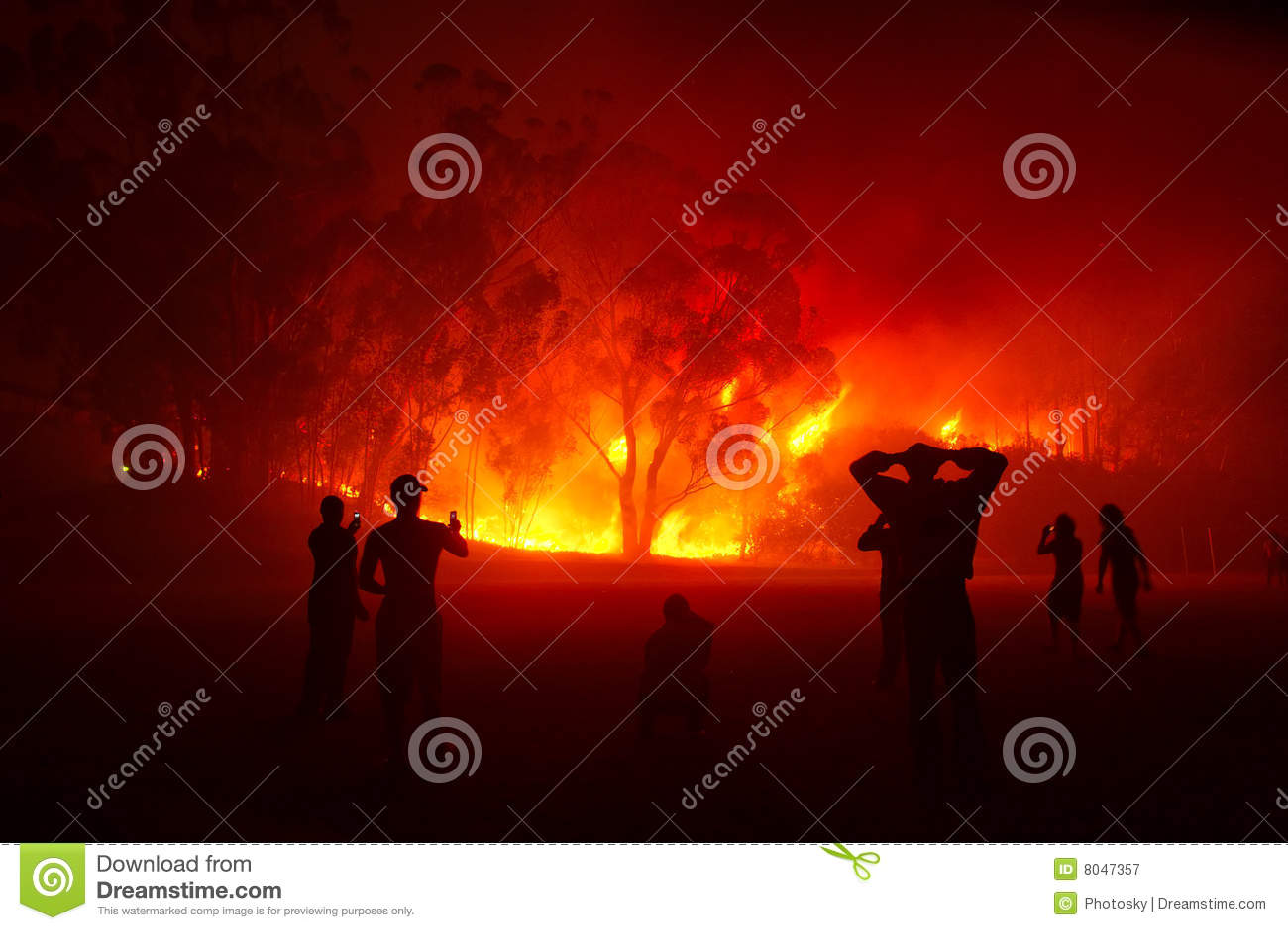 Hålla ögonen på för folk för brandskognatt