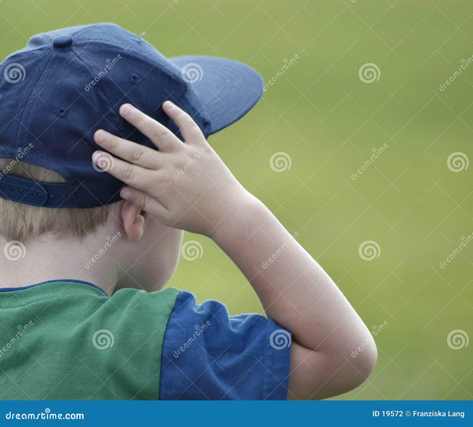 Hålla ögonen på för pojke