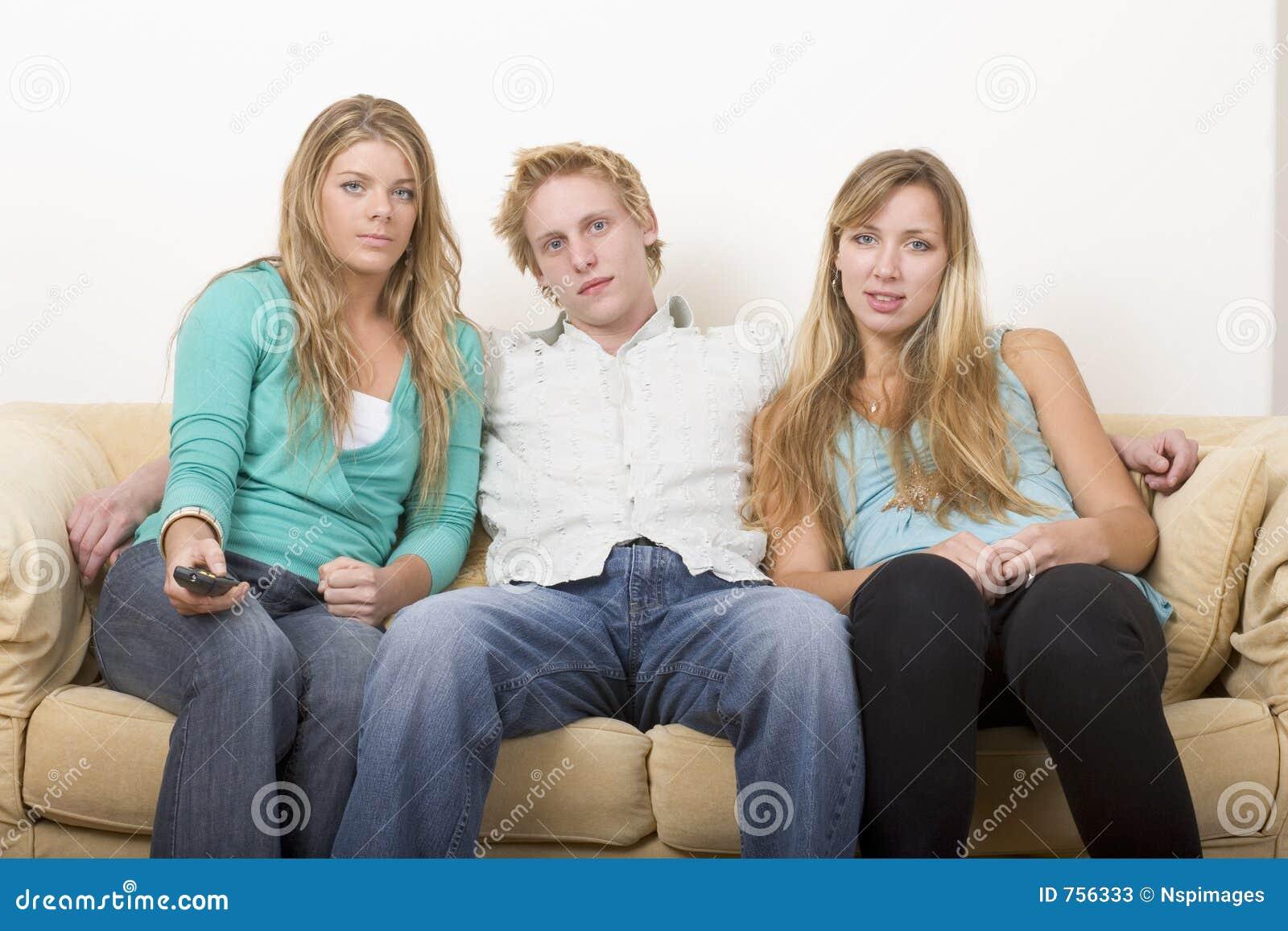 Hålla ögonen på för tv för 2 vänner