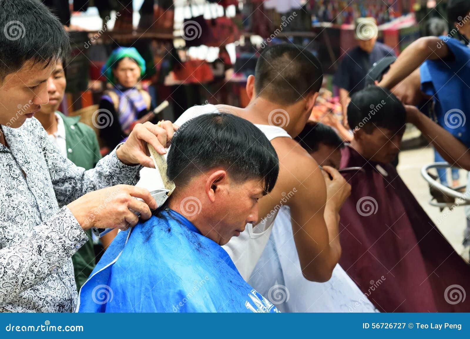 Hårsnitt i marknad av Vietnam