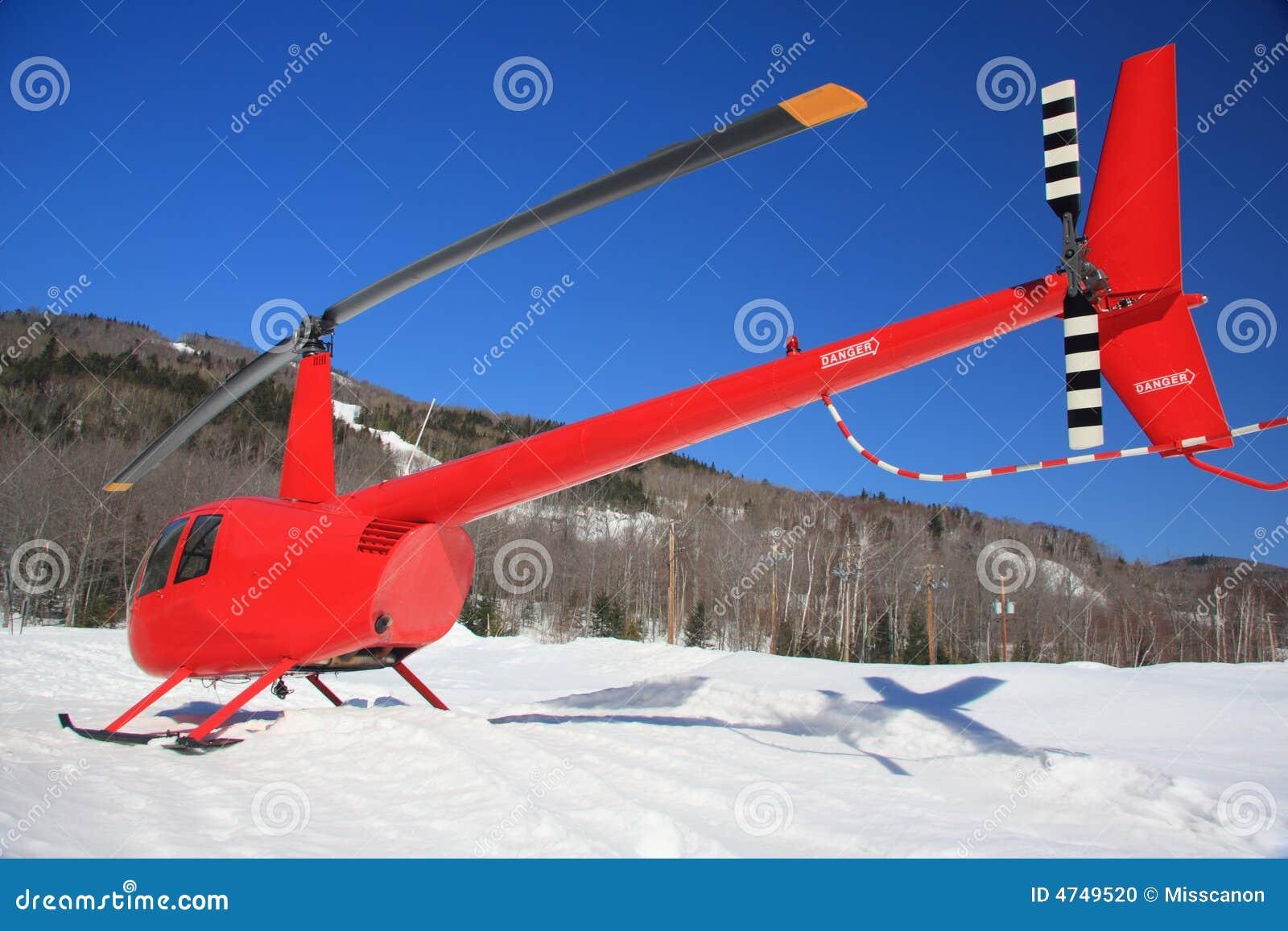 H licopt re rouge dans la neige - Helicoptere jaune et rouge ...