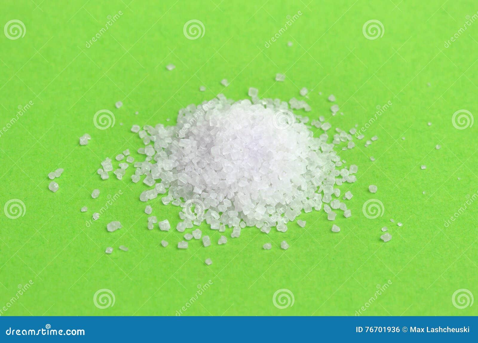 Hög av salt isolerat, closeup