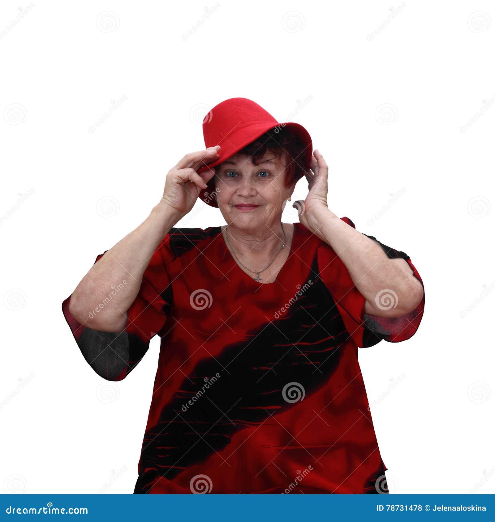 Hög kvinna i röd hatt