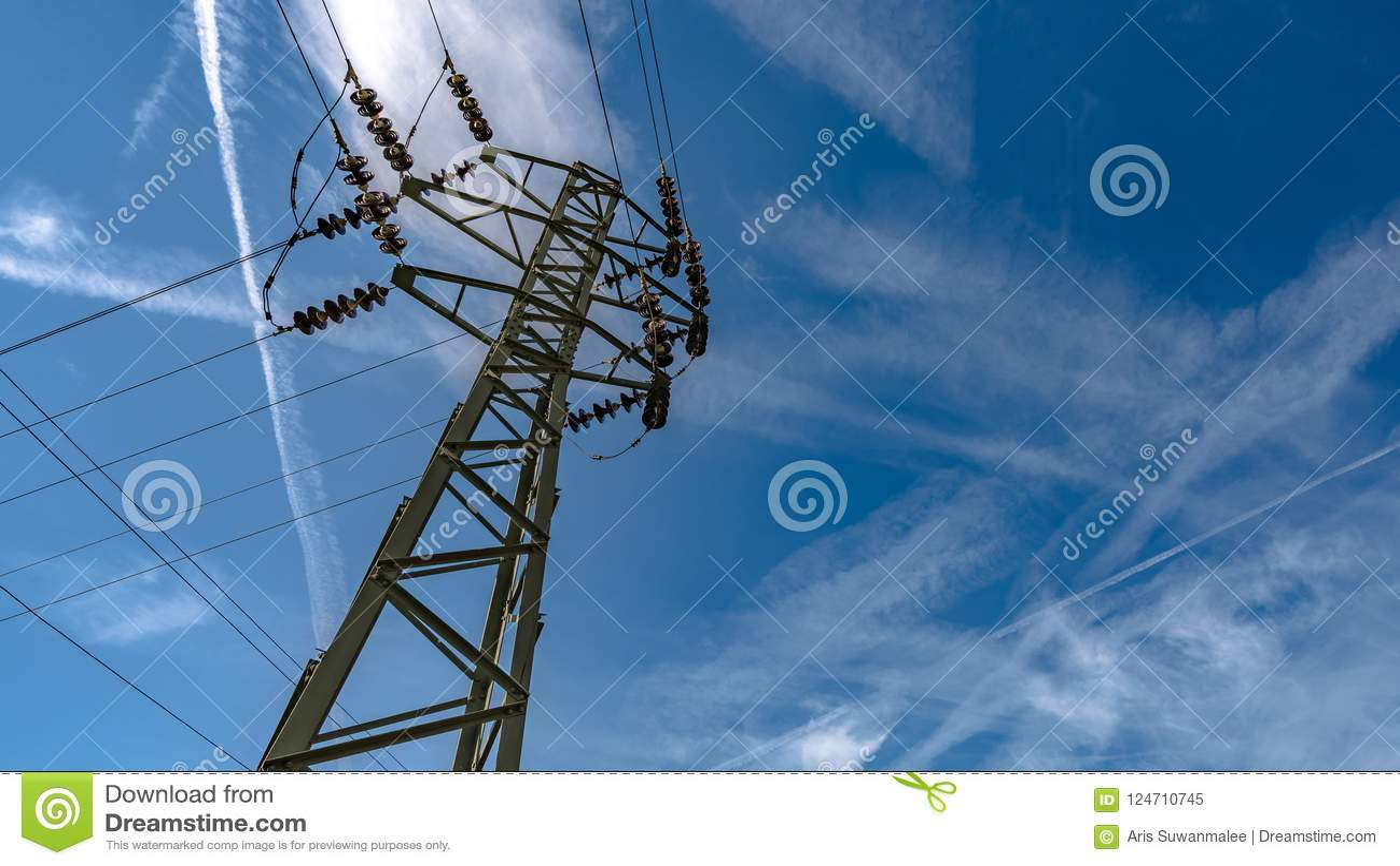Hög linje för spänningselektricitetsfördelning