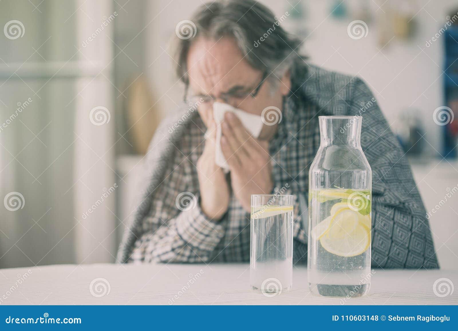 Hög man för influensa med filten