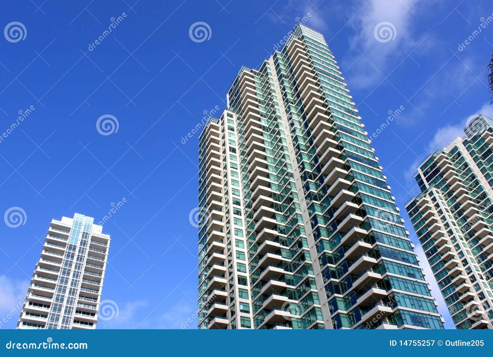 Hög stigning för byggnader