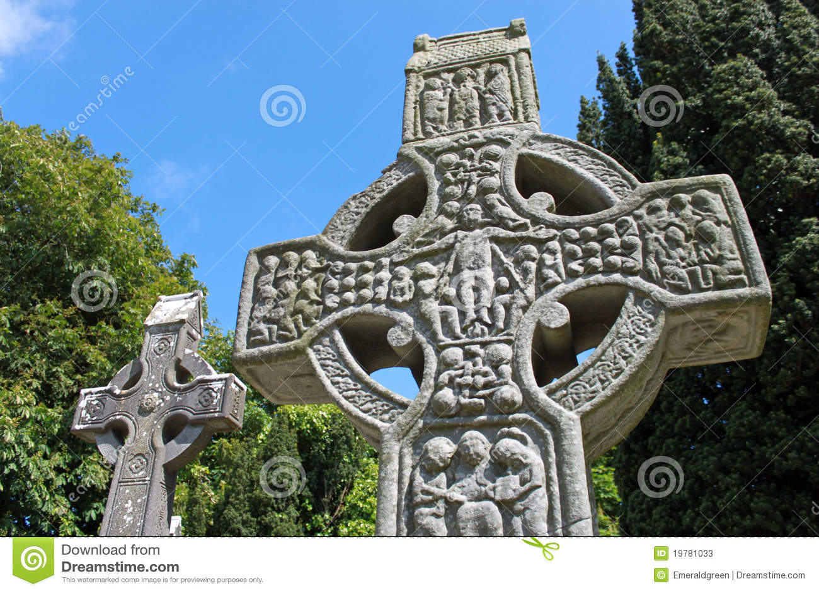 Höga muiredachs för kors