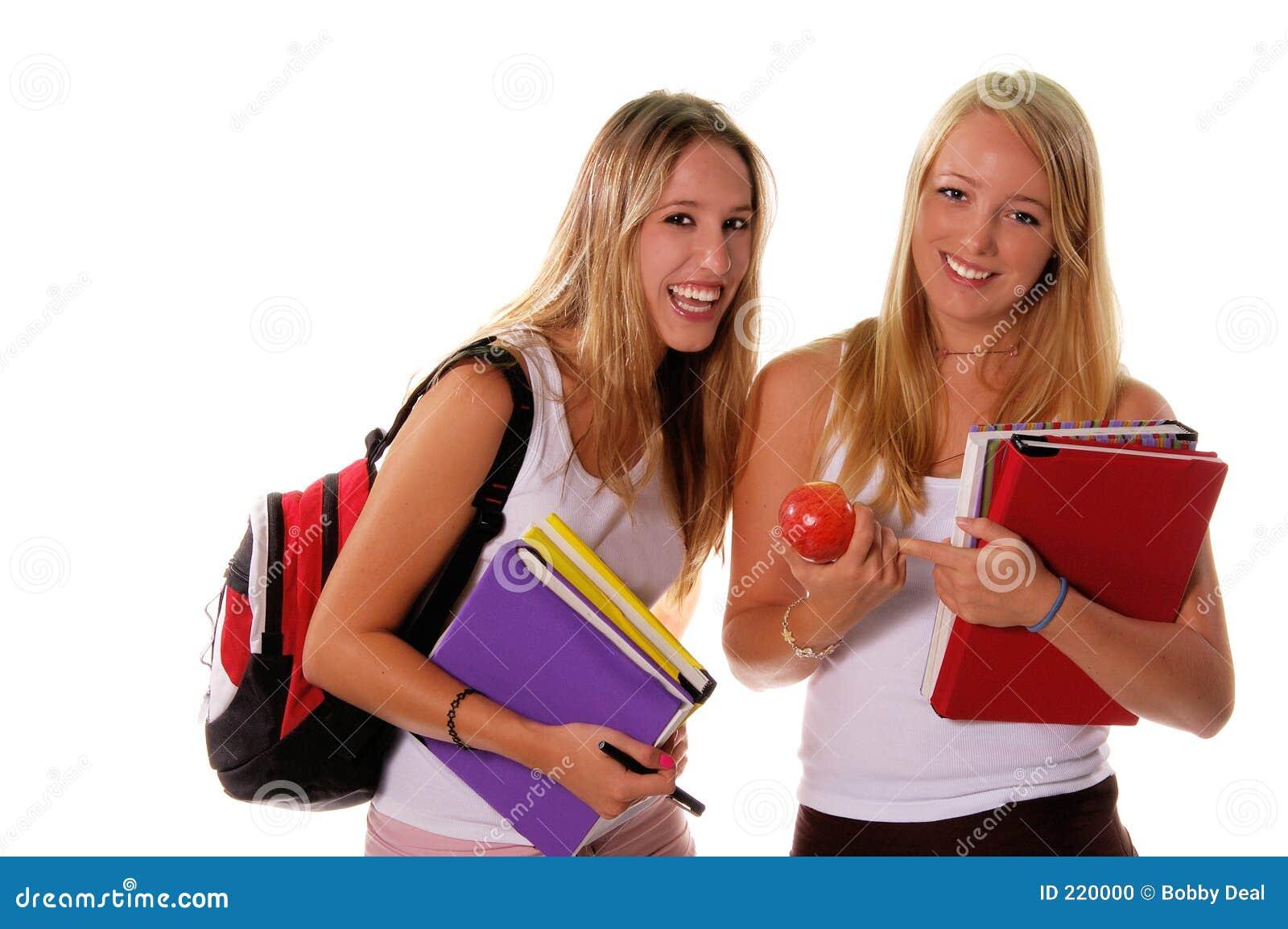 Högstadiumpensionär för 3 flickor