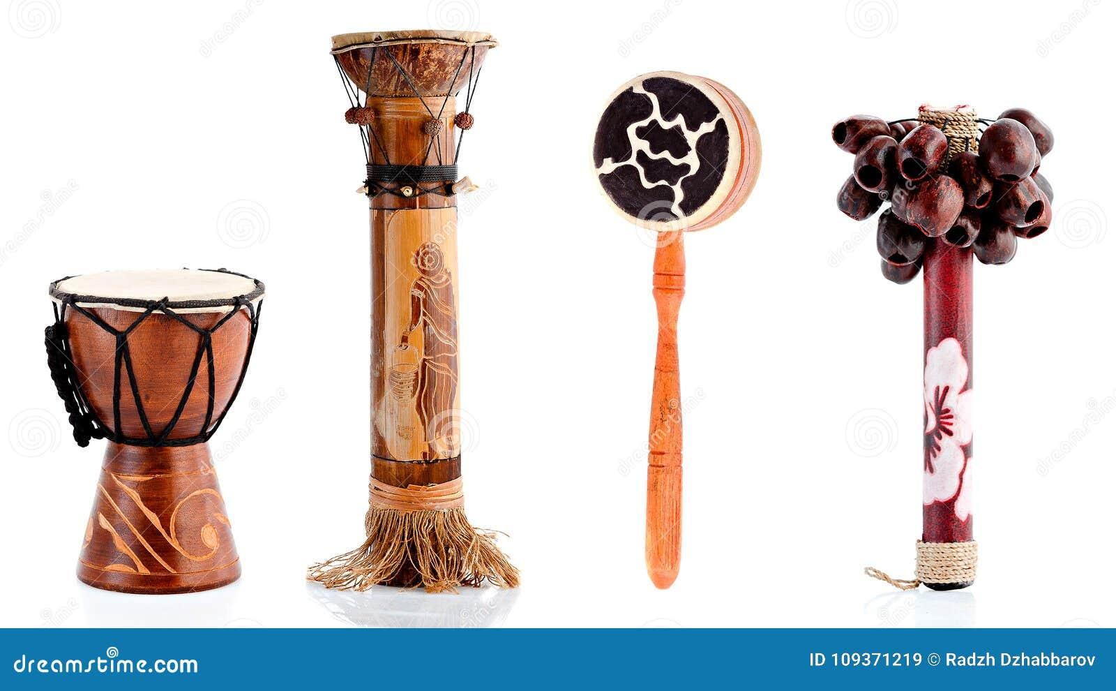 Hölzerne Figürchen, dekorative Figürchen, Musikinstrumente