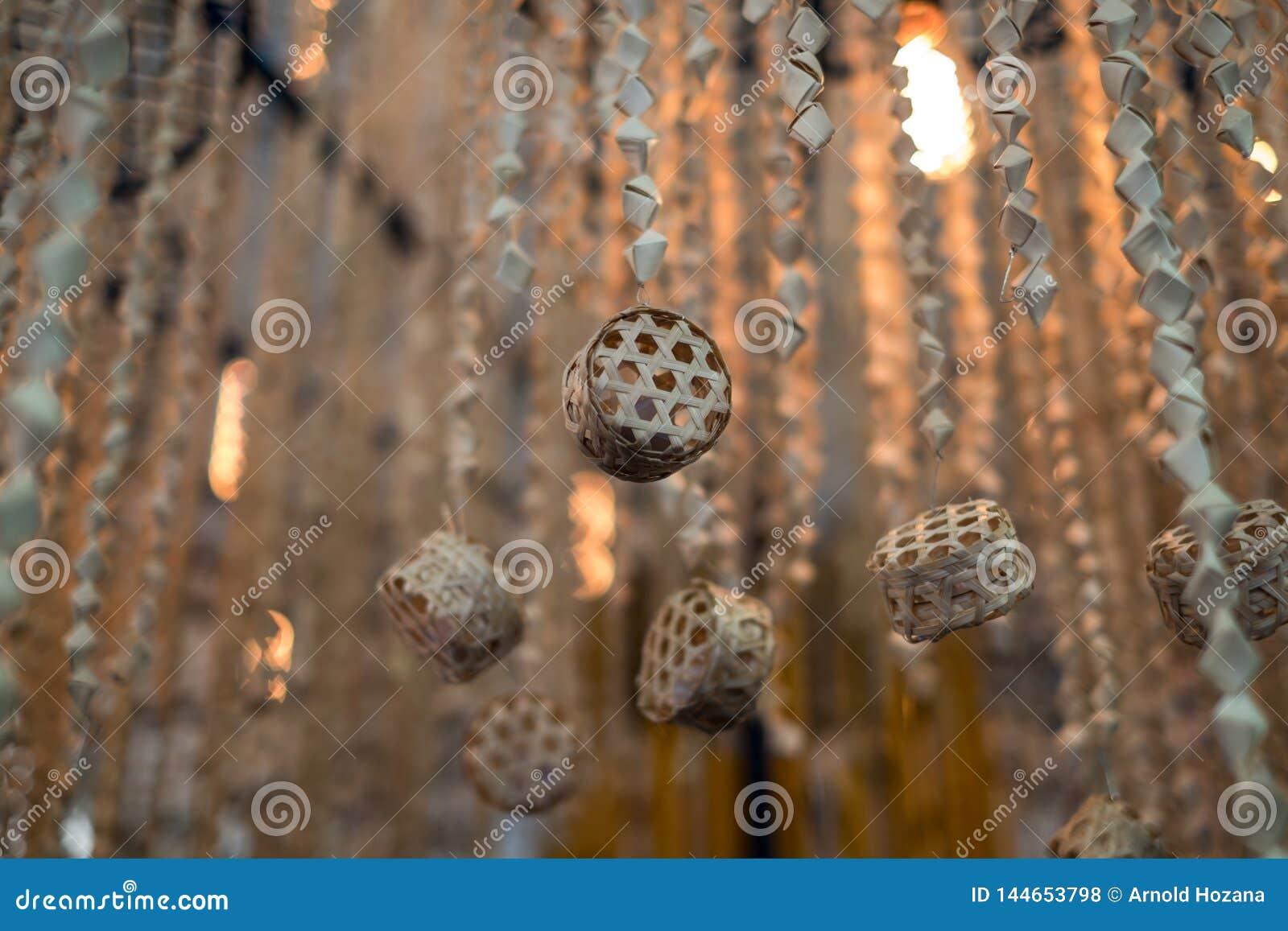 Hölzerne handgefertigte hängende Dekoration