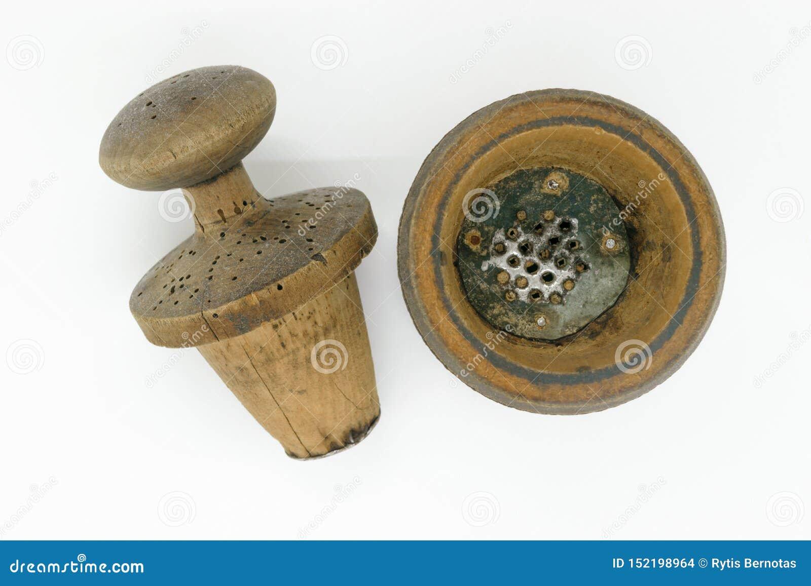 Hölzerne Pfeffermühle der manuellen Weinlese