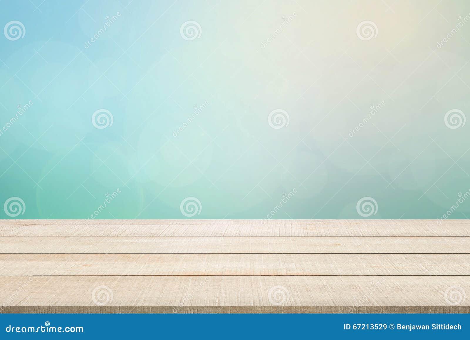 Hölzerne Tischplatteplatte auf Türkishintergrund