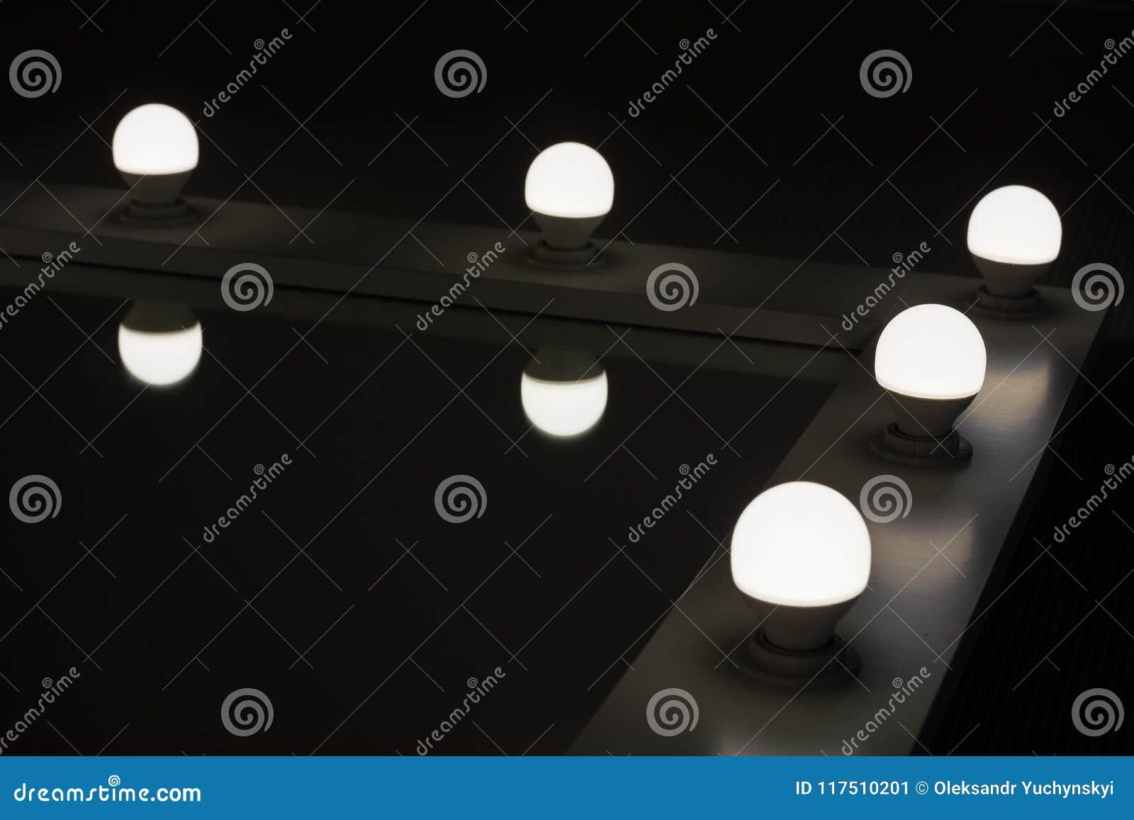 Hörnskyddsramspeglar med backlighting vid LED lampor