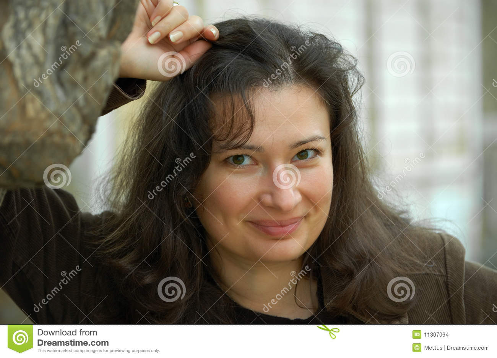 Hübscher Brunette