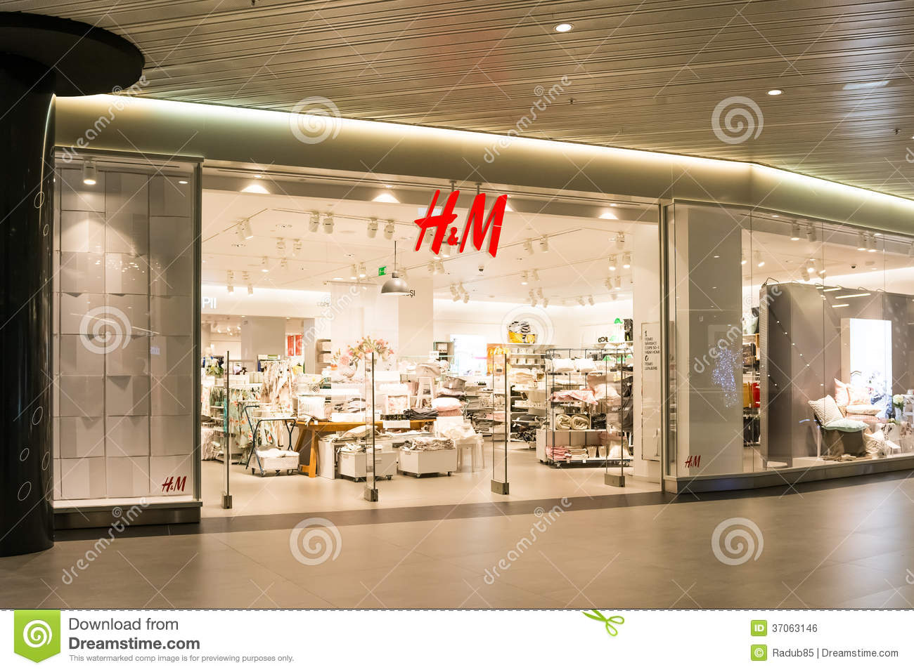H&m clothing stores