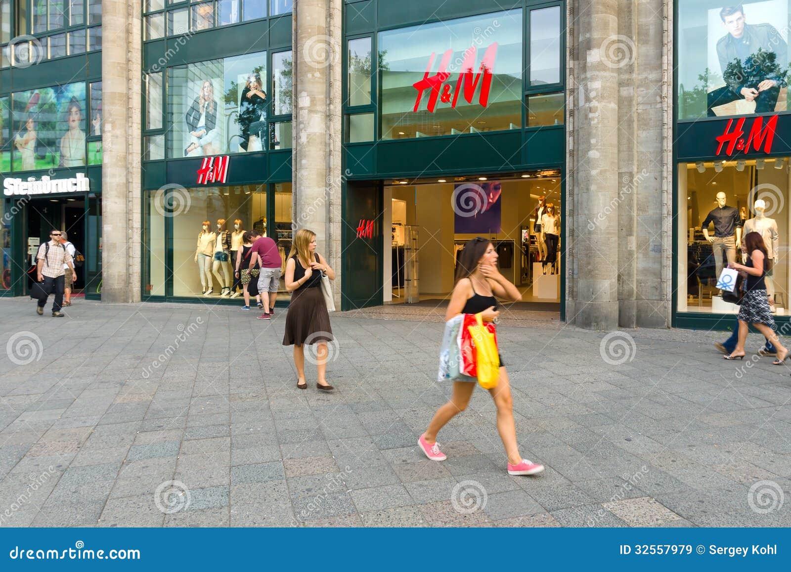 Chinese shopping at Swedish clothing retailer H&M store in Tianjin, China. 07-May