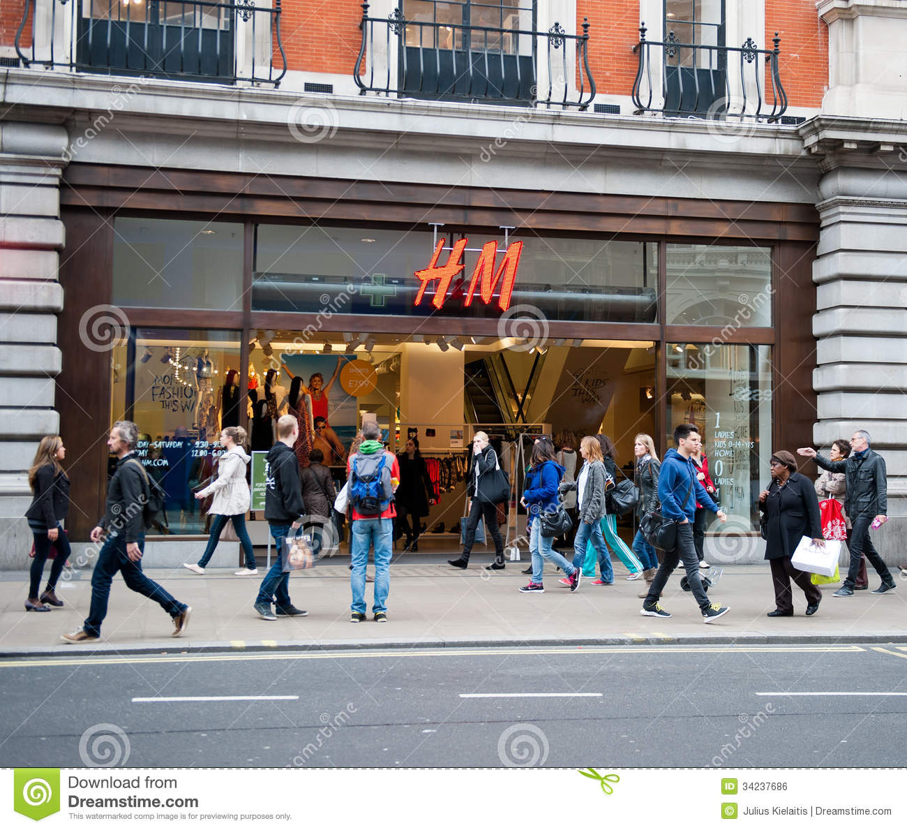 United Kingdom: Clothing Retail Store by Location - Shop for Fashion In The UK London Fashion Shopping Destinations Clothing Retailer United Kingdom Clothing Industry Countries Allsaints Spitalfields: clothing retailer selling men's fashion, women's fashion, and children's fashion.