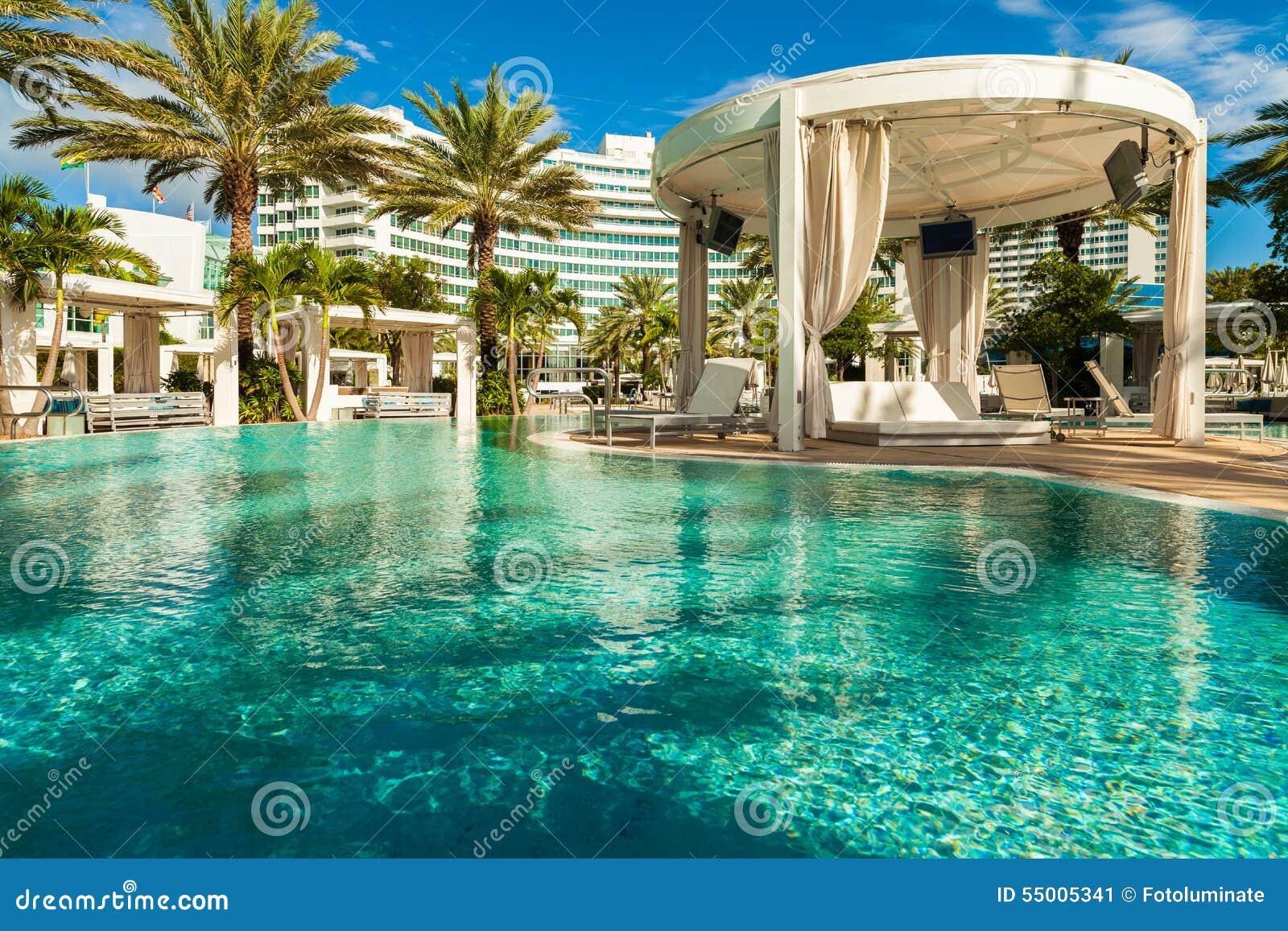 Hotel De Fontainebleau Photo Editorial Image Du Colore 55005341