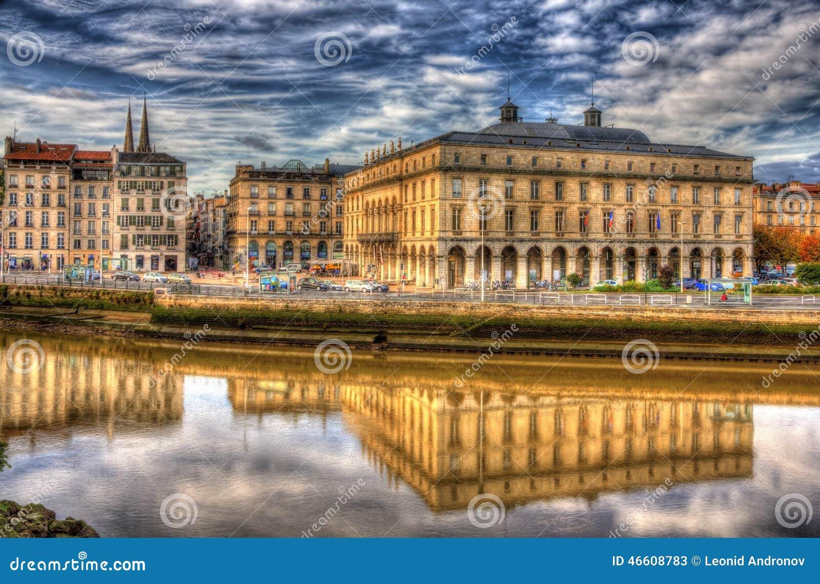 H tel de ville de bayonne france image stock image - Piscine de lauga bayonne ...