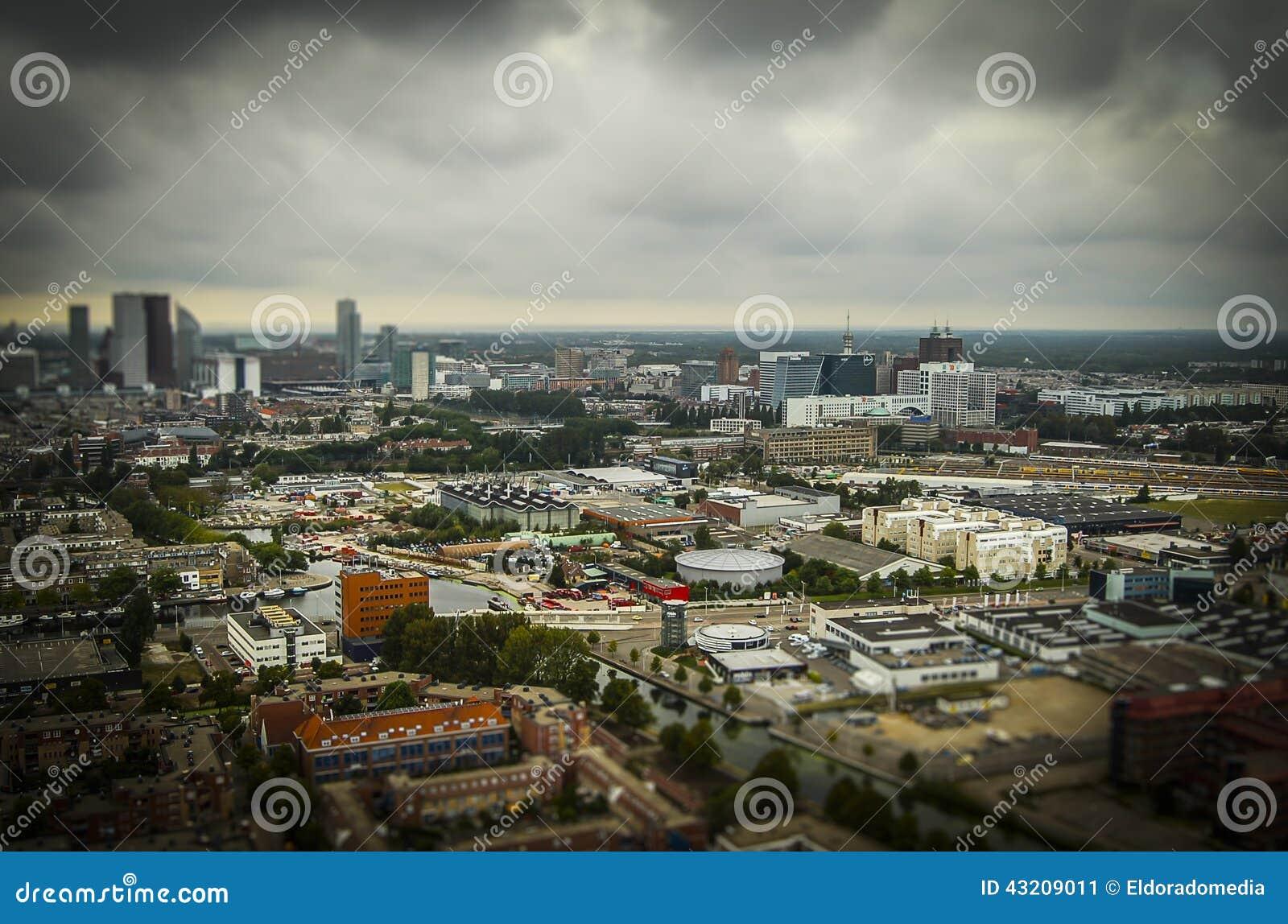 Download Haag NL I Lutande-förskjutning Miniatyr Fotografering för Bildbyråer - Bild av holland, sväller: 43209011