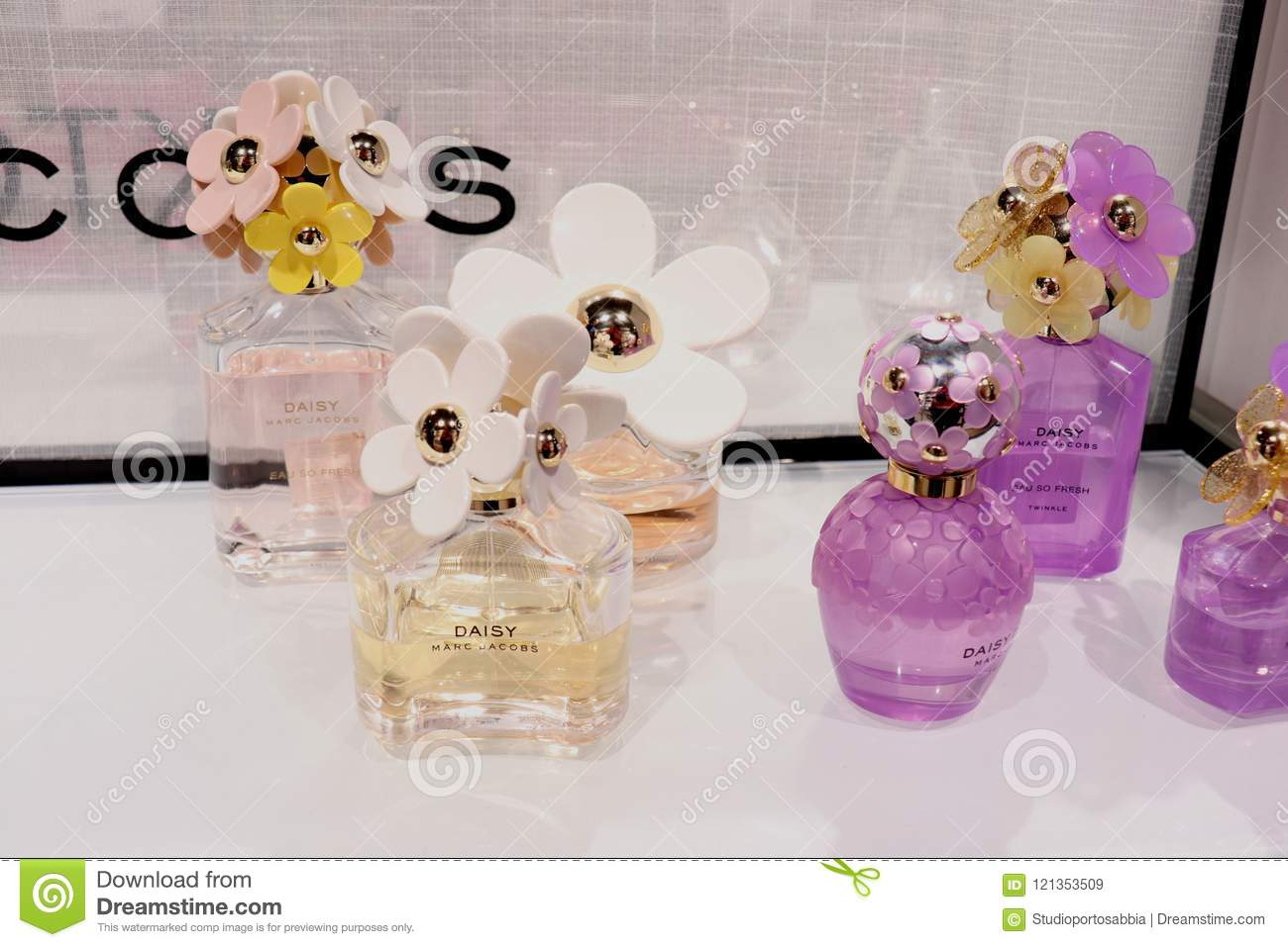Haarlem the netherlands july 8th 2018 marc jacobs daisy perfumes haarlem the netherlands july 8th 2018 marc jacobs daisy perfumes izmirmasajfo