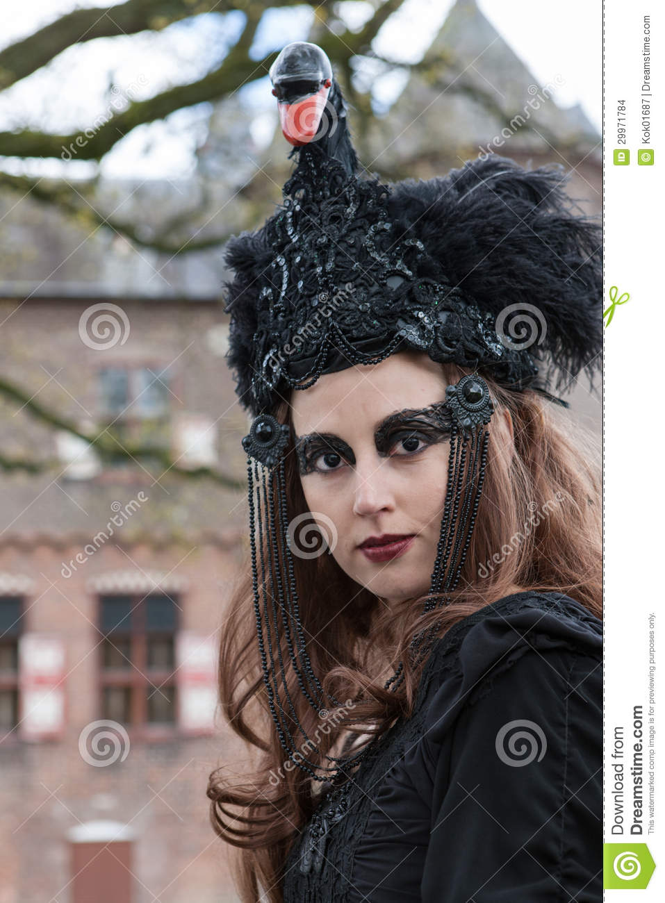 utrecht black single women Journalist santje kramer asked 24 foreigners who live in the netherlands for their views on dutch women and collected her  dutch women are unfriendly and .
