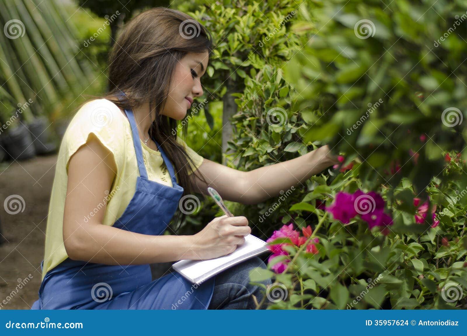 Hacer inventario en un jardín