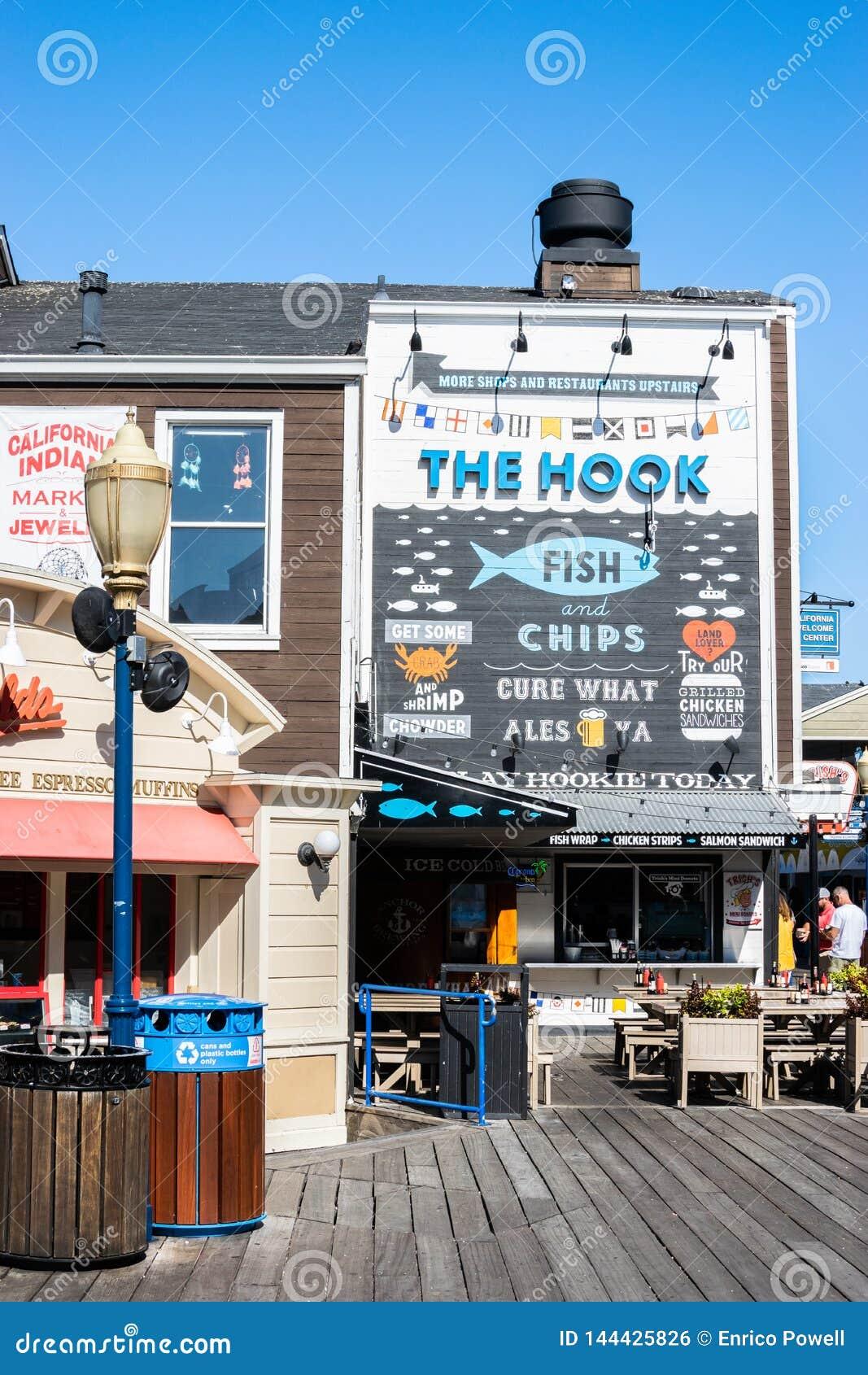 Haczyk Rybi przy molem 39 i układu scalonego owoce morza restauracja