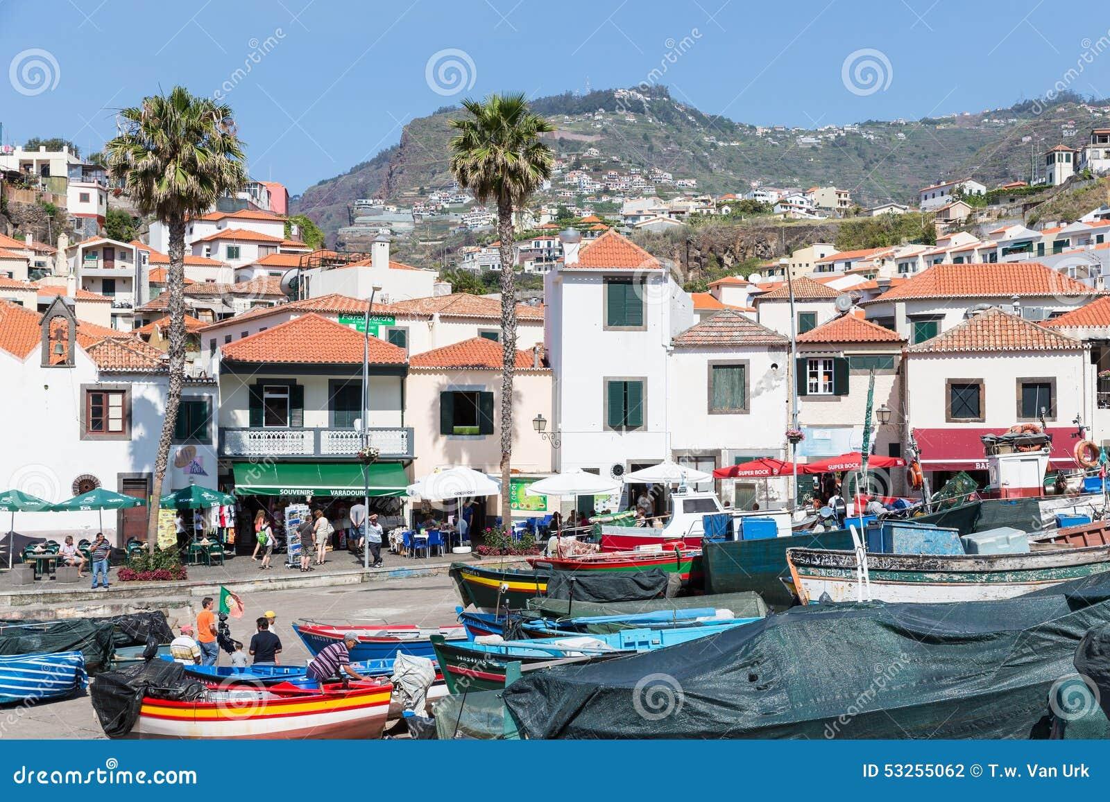 Hafen Mit Fischen Versendet Bei Camara De Lobos, Madeira-Insel ...