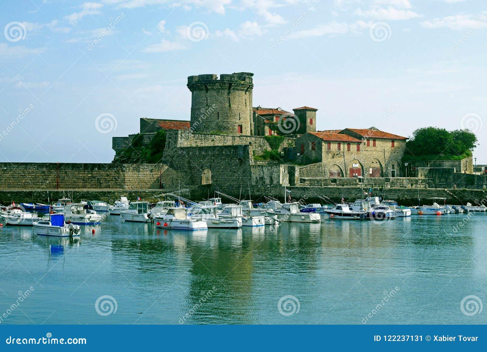 Hafen u. Fort von Socoa, Heiliges Jean de Luz, Frankreich