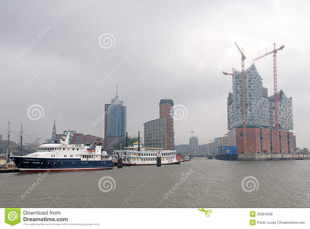 Hafencity Hamburg in mist
