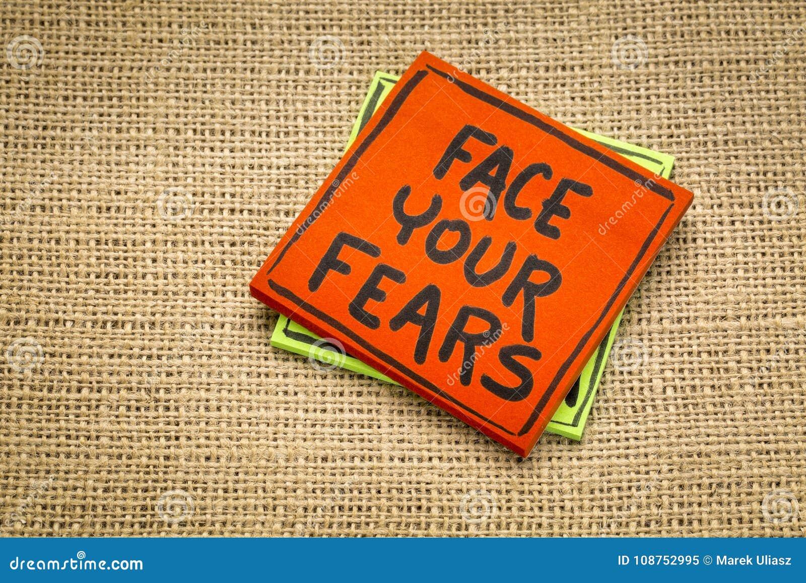 Haga frente a su nota del recordatorio de los miedos