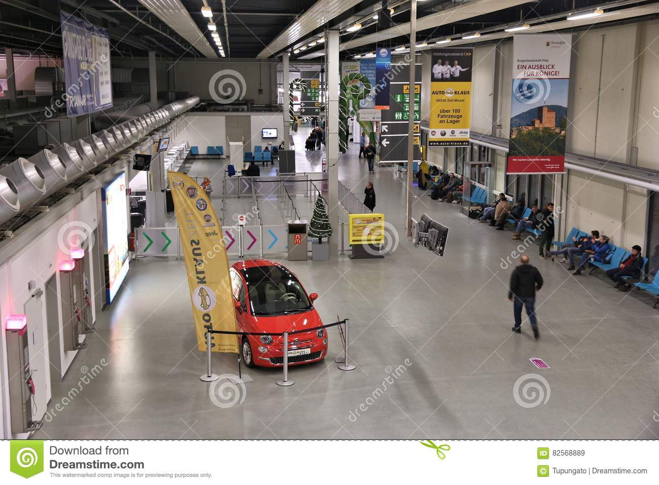 Hahn Airport Editorial Stock Image Image Of Lowcost 82568889