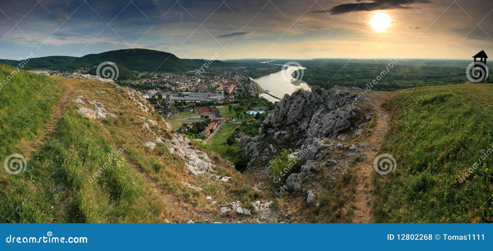 Hainburg - cidade pequena em Áustria