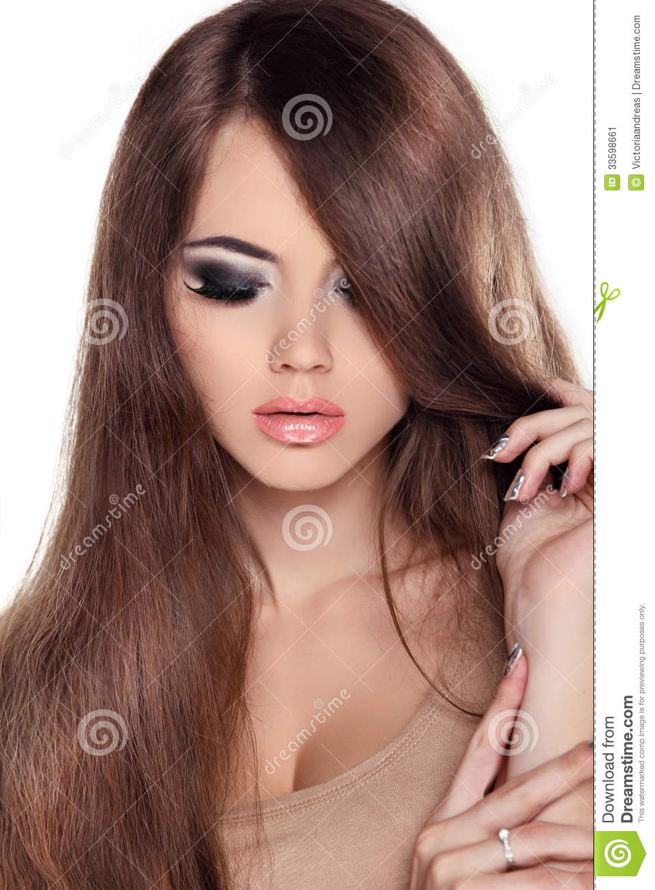 Hair. Beautiful Brunette Girl. Healthy Long Brown Hair. Beauty M