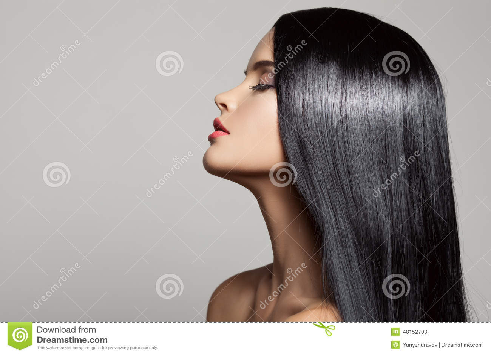 Hair. Beautiful Brunette Girl. Healthy Long Hair.
