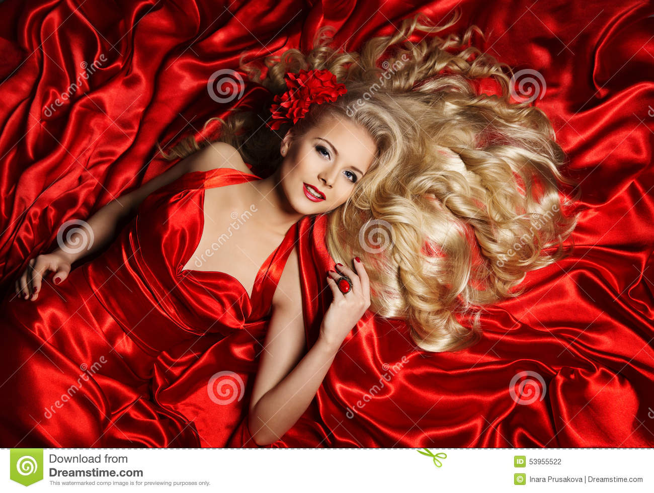 Hair Model, Fashion Woman Blonde Lying on Red Silk Cloth