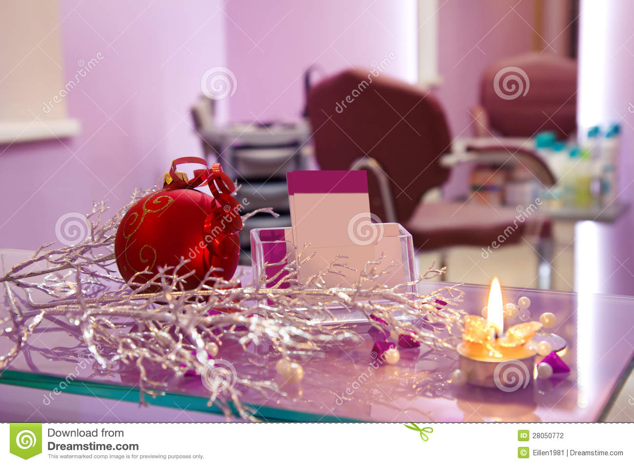 Hair salon with christmas decoration and cards stock for Salon xmas decorations