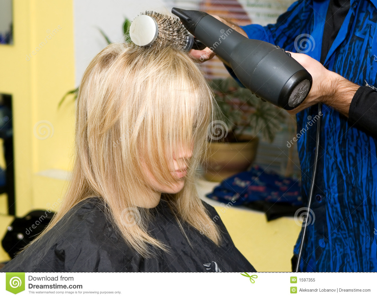 Download Hairdresser's stock image. Image of hairdressing, cuts - 1597355