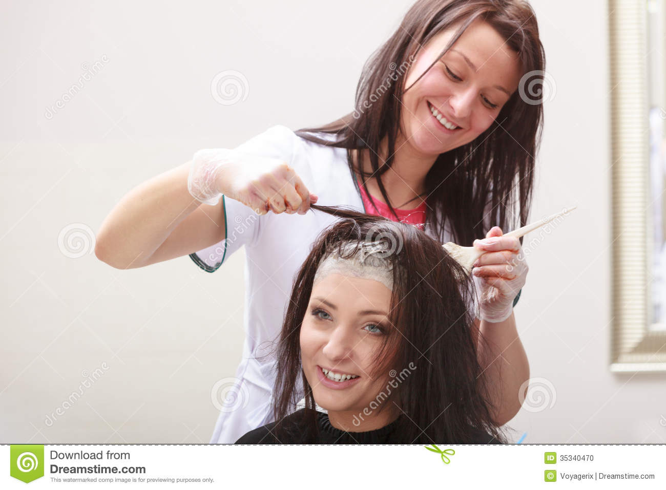 hairdressing beauty salon  woman dying hair  hairstyle