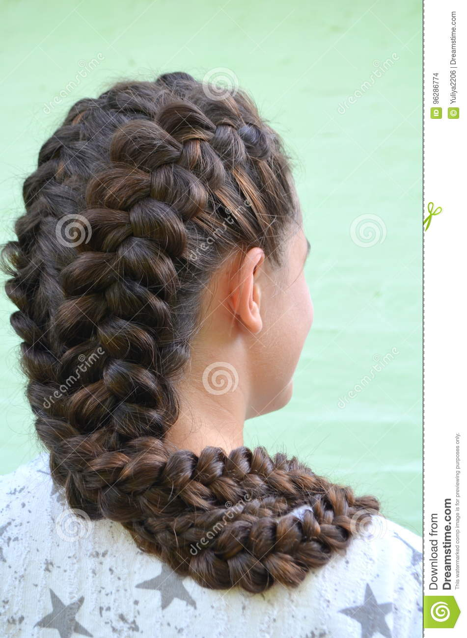 Hairstyle on medium length