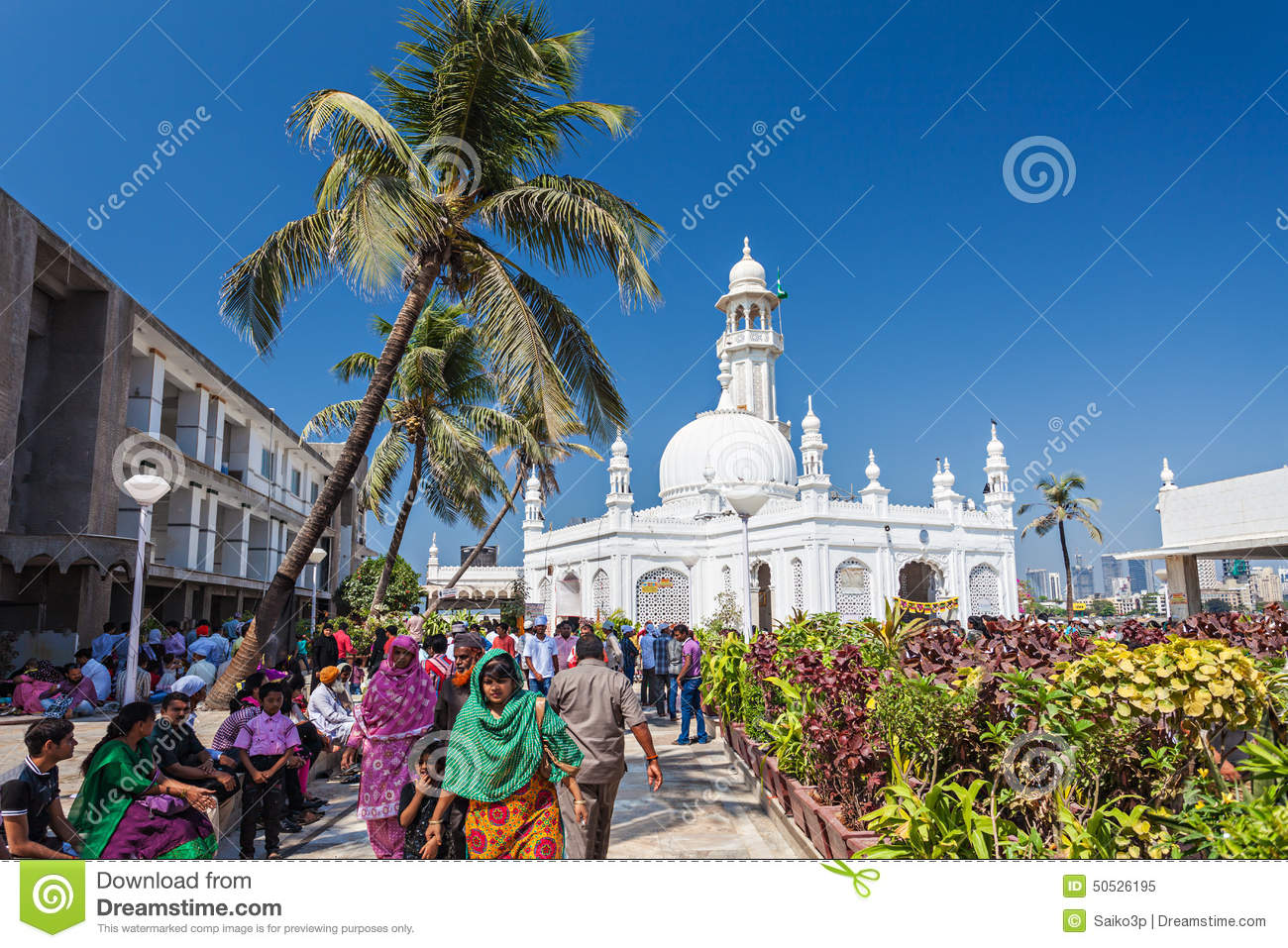 Haji Ali Dargah editorial image. Image of people, gather ...