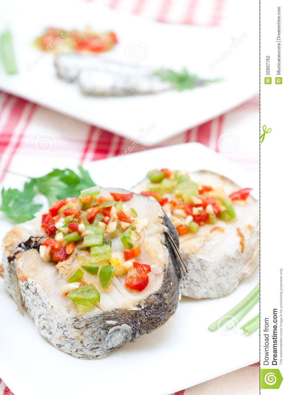 Hake fillets with peppers
