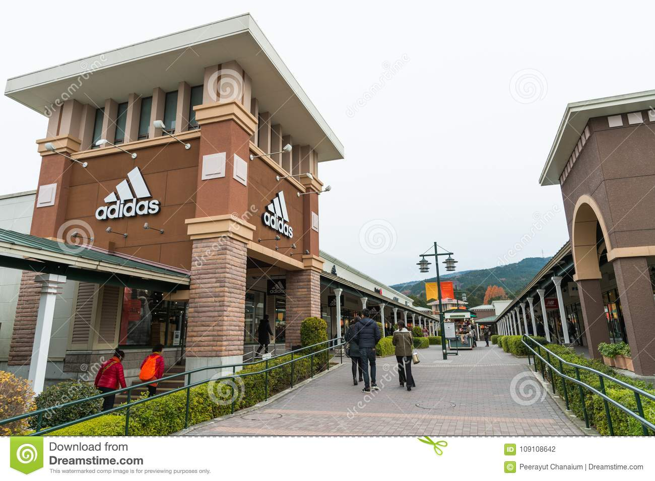 Outlets Shopping