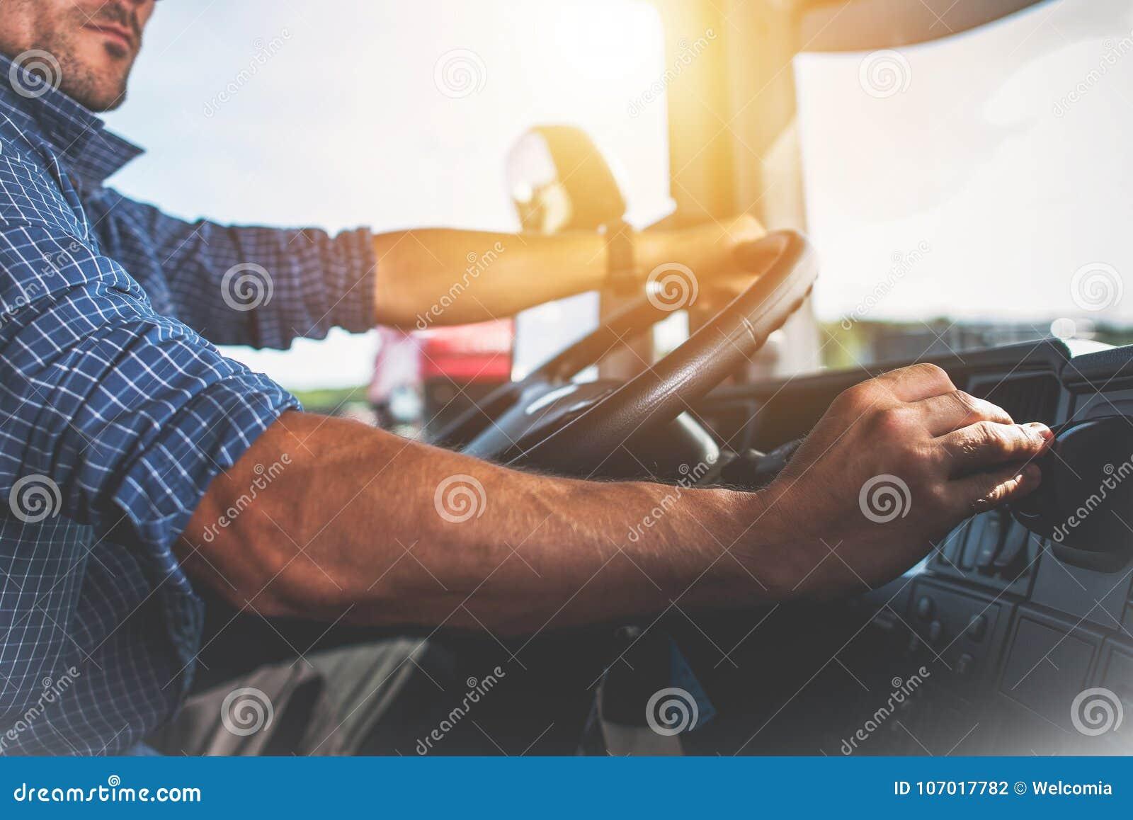 Halb LKW-Fahrer Job
